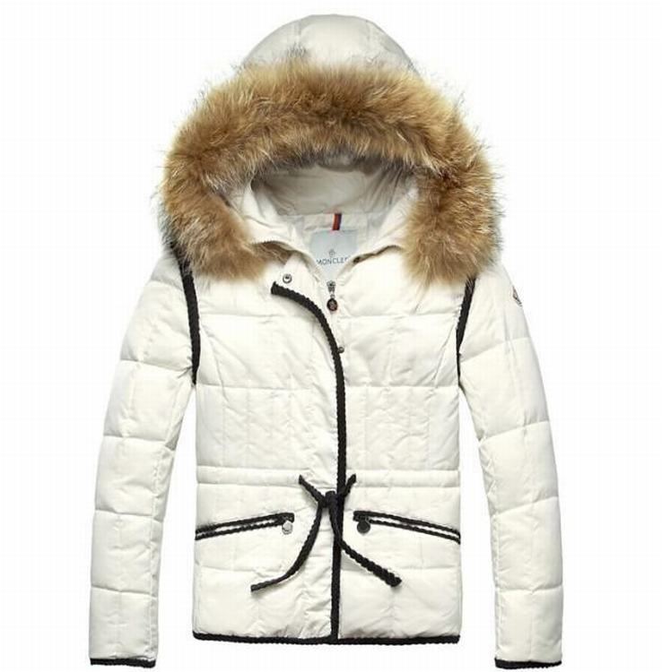 Moncler Gamme Rouge 03 Women Jacket Cream White
